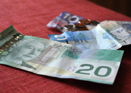 CanadCanadian Financial News - Millenials, Fintech and Homebuyersa tax news